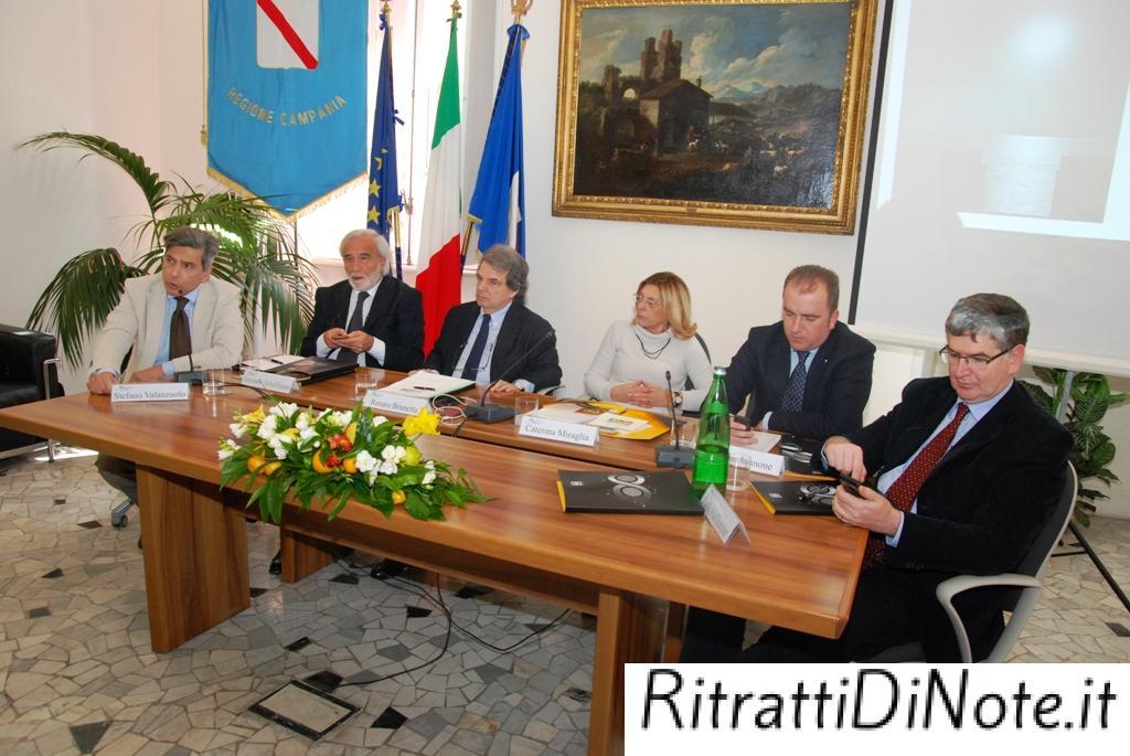Il tavolo di presidenza  - ph Pino Izzo