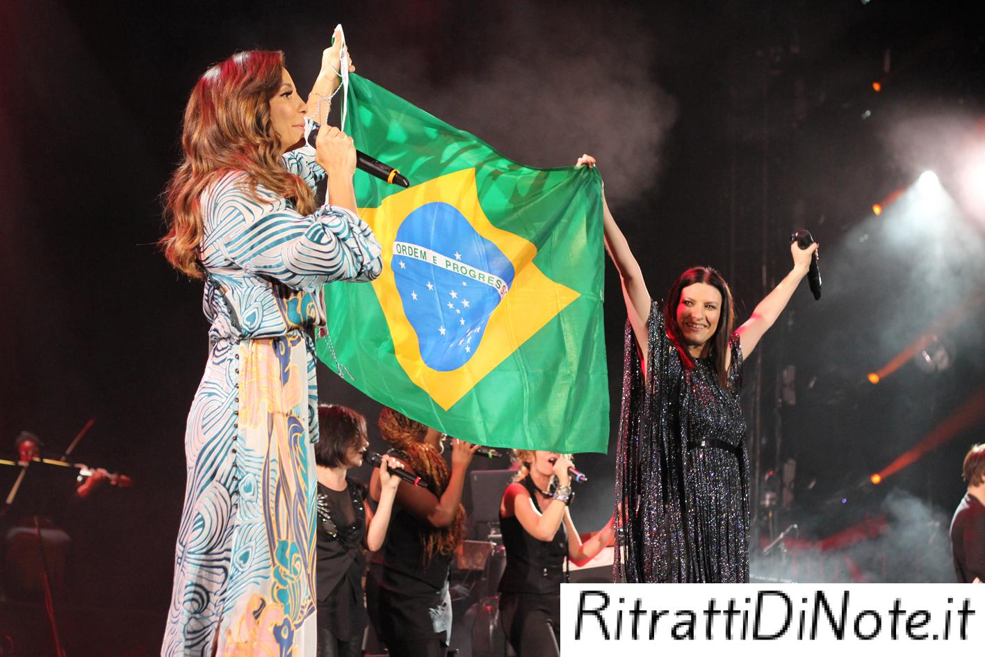 "Laura Pausini e Ivete Sangalo ©""The Theater at Madison Square Garden"""