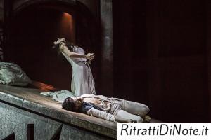 Romeo e Giuletta muoiono Ph Luigi Maffettone