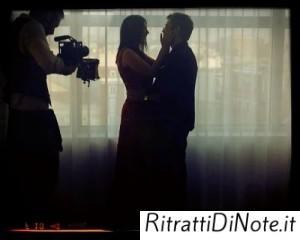 Gaetano Morbioli sul set di un videoclip di Laura Pausini