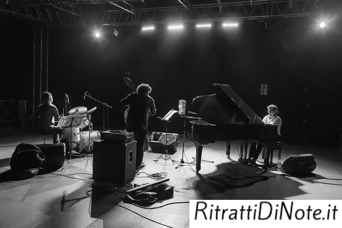 "Riccardo Arrighini in trio per ""Beethoven in Blu"" Ph Luigi Maffettone"