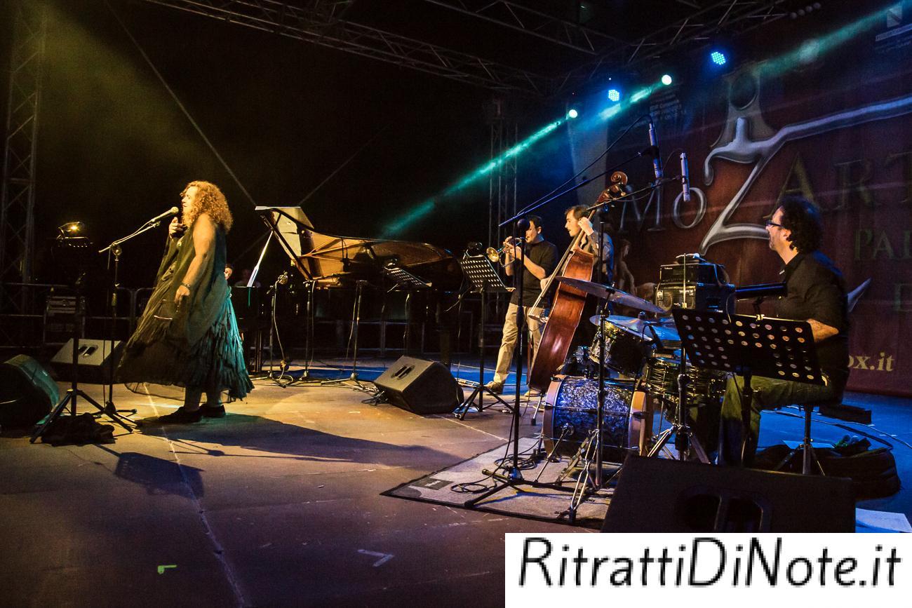 Elisabetta Serio Trio Ft. Sarah Jane Morris @MozArt Box 2014 Ph Luigi Maffettone