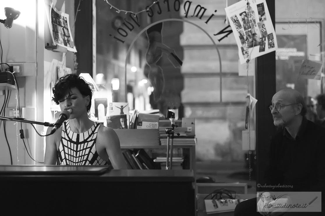 Dolcenera @ N'Importe Quoi Libreria Caffe Ph Roberta Gioberti