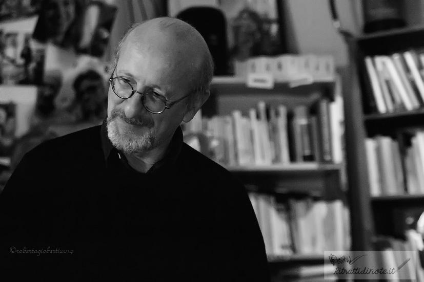 Stefano Mannucci @ N'Importe Quoi Libreria Caffe Ph Roberta Gioberti