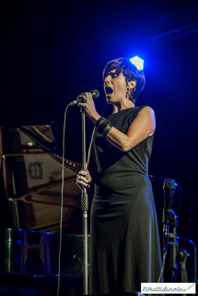Napoli Dea Madre: Cristina Branco live ph Luigi Maffettone
