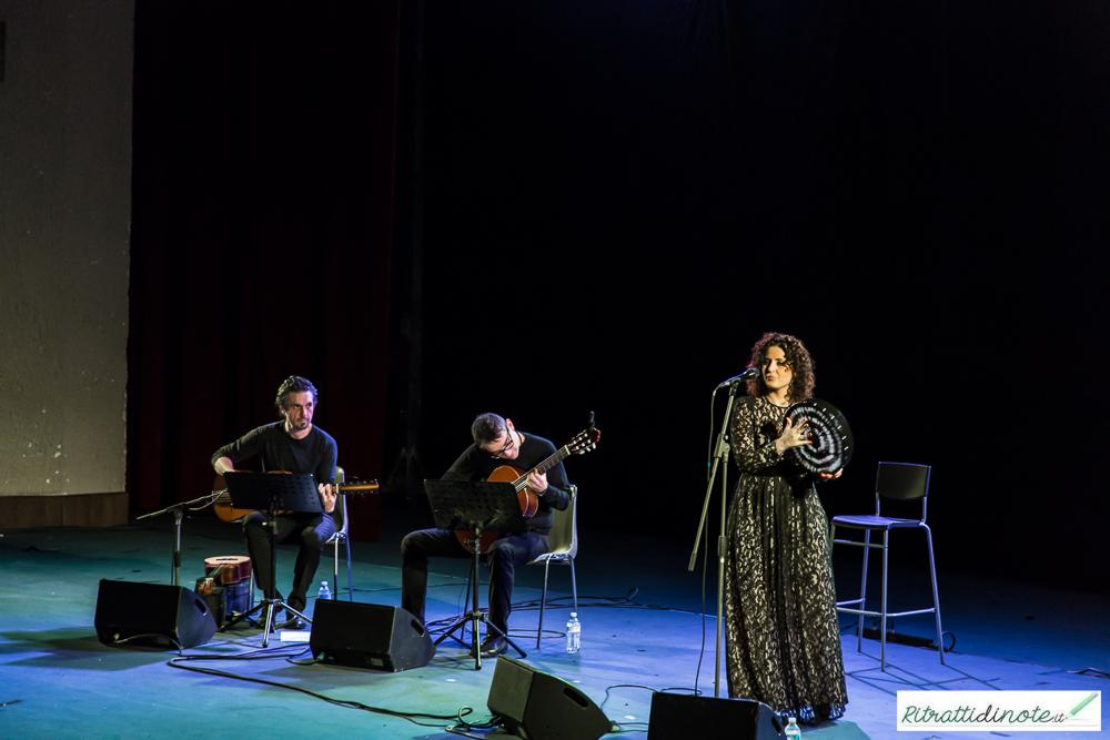 """Fiorenza Calogero in """"Napoli Dea Madre"""" Ph Luigi Maffettone"""