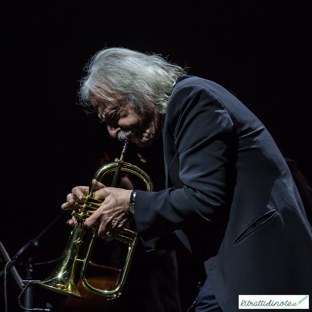 Eduardo De Crescenzo live @ Palapartenope Ph Luigi Maffettone