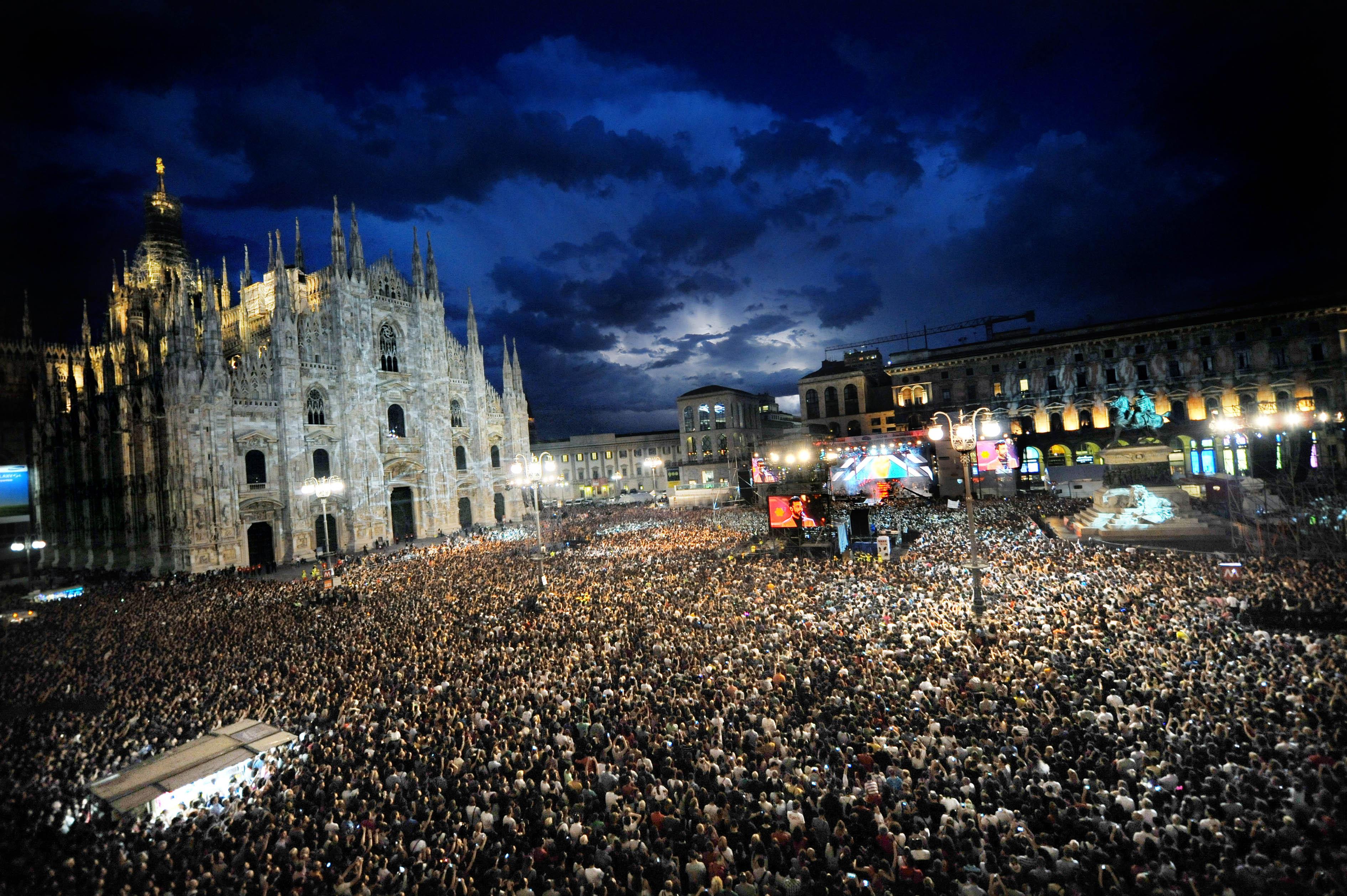 piazza Radio Italia