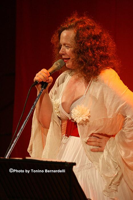 Sarah Jane Morris (foto di repertorio) ph Tonino Bernardelli
