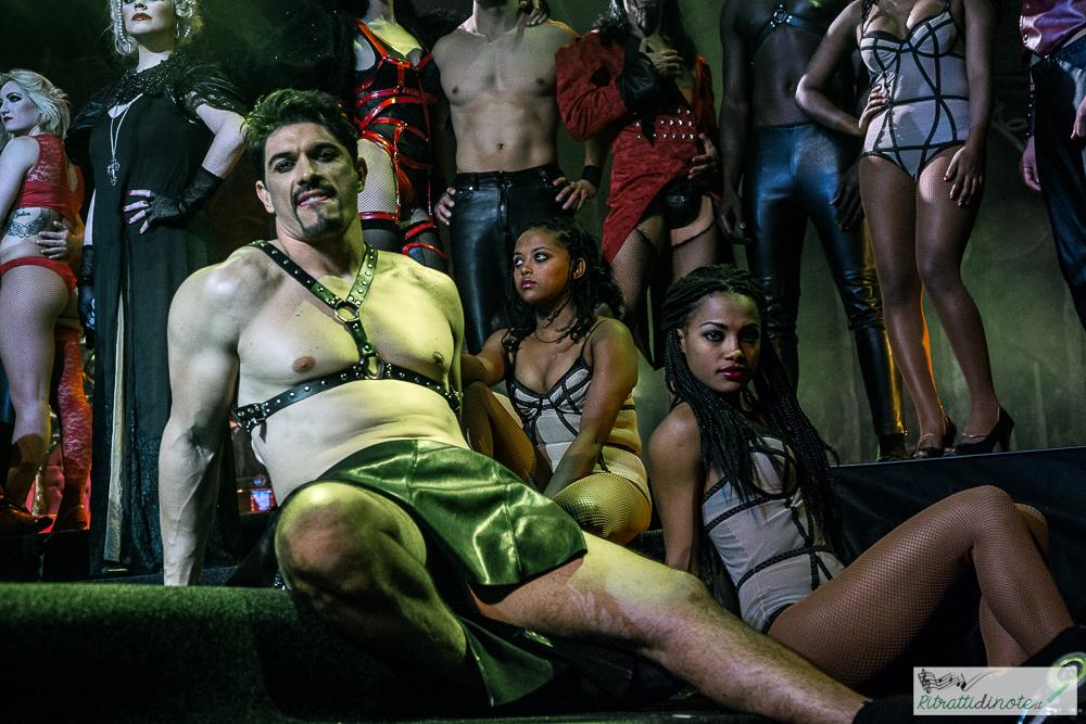 Circo de los horrores @ Palapartenope Napoli ph Luigi Maffettone
