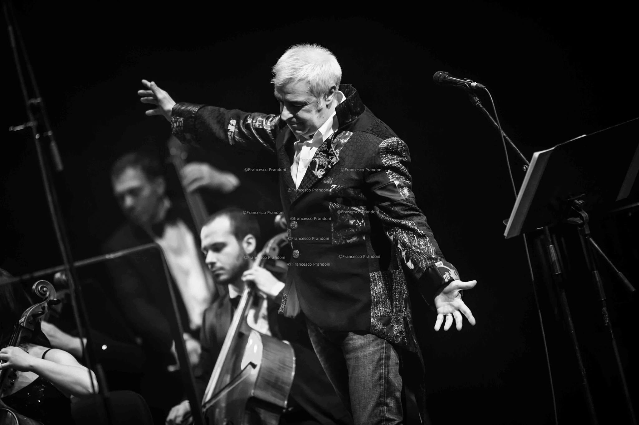 Davide Van De Sfroos live @ Teatro degli Arcimboldi - Milano ph Francesco Prandoni