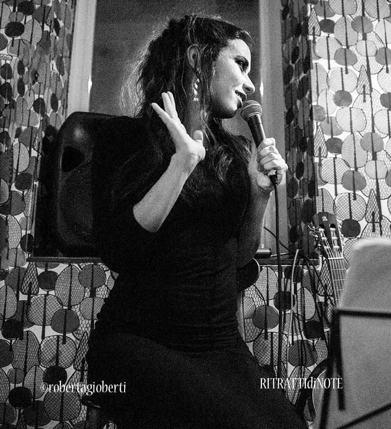Lavinia Mancusi live @ Comò Bistrot ph Roberta Gioberti