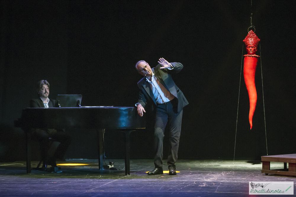 Gino Rivieccio - Teatro Sannazzaro ph Luigi Maffettone
