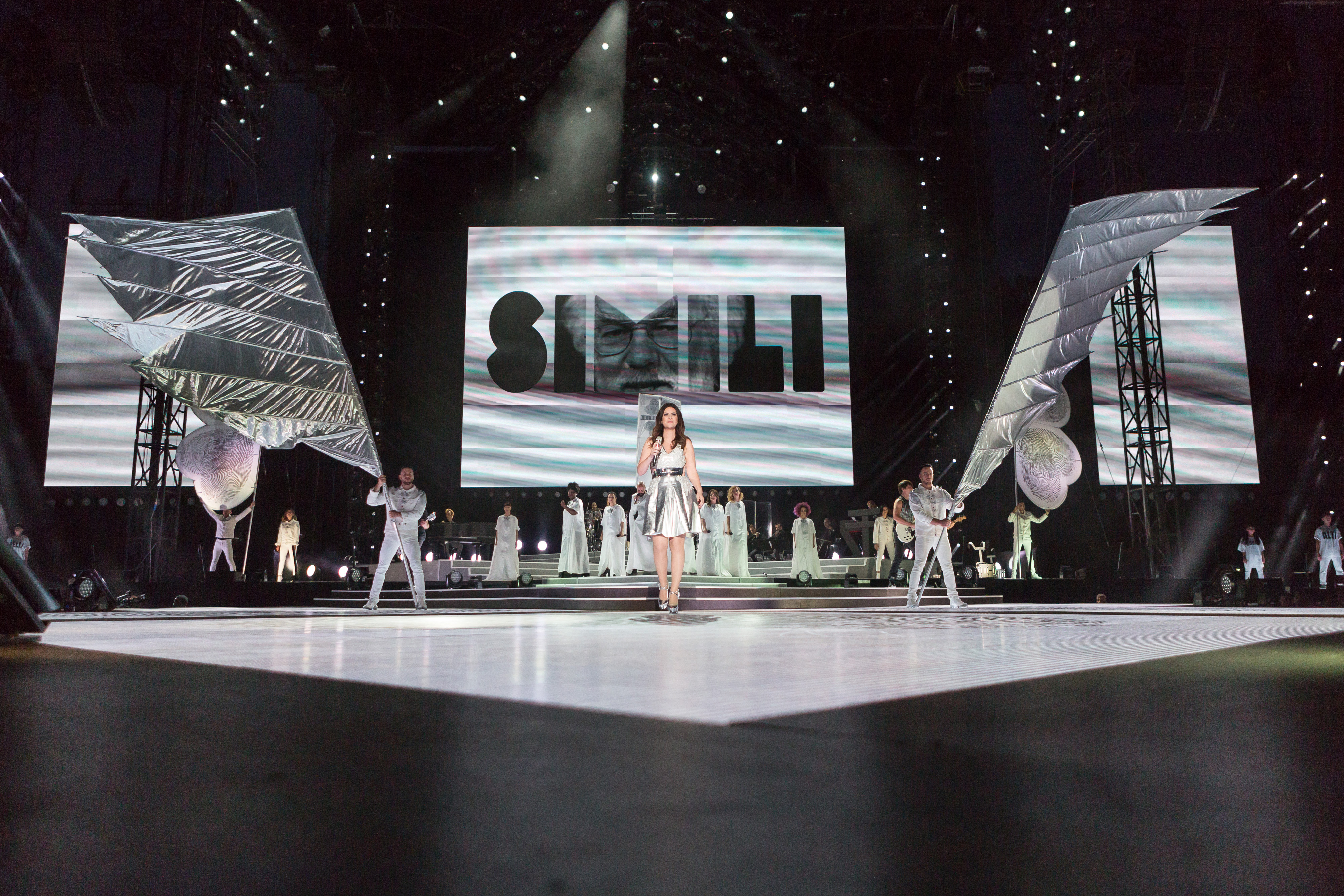 Laura Pausini live @ Stadio San Siro ph Naphtalina