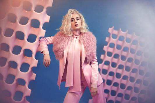 Katy Perry ph Olivia Bee